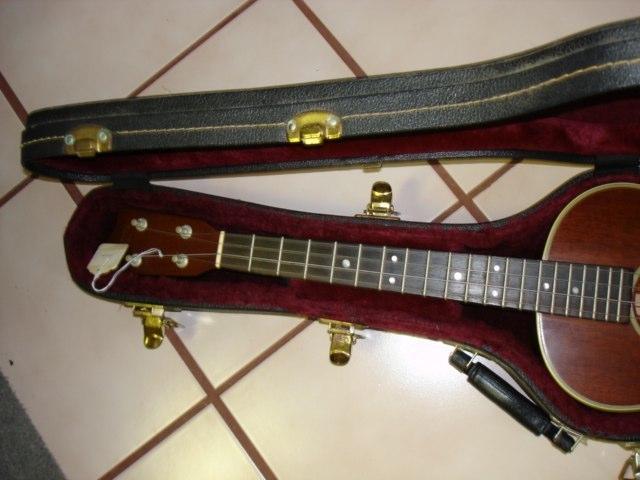 ukulele friend custom martin 3m baritone ukulele friend. Black Bedroom Furniture Sets. Home Design Ideas