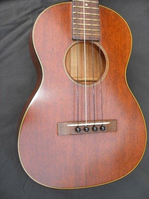 ukulele friend vintage martin ukulele for sale ukulele friend. Black Bedroom Furniture Sets. Home Design Ideas