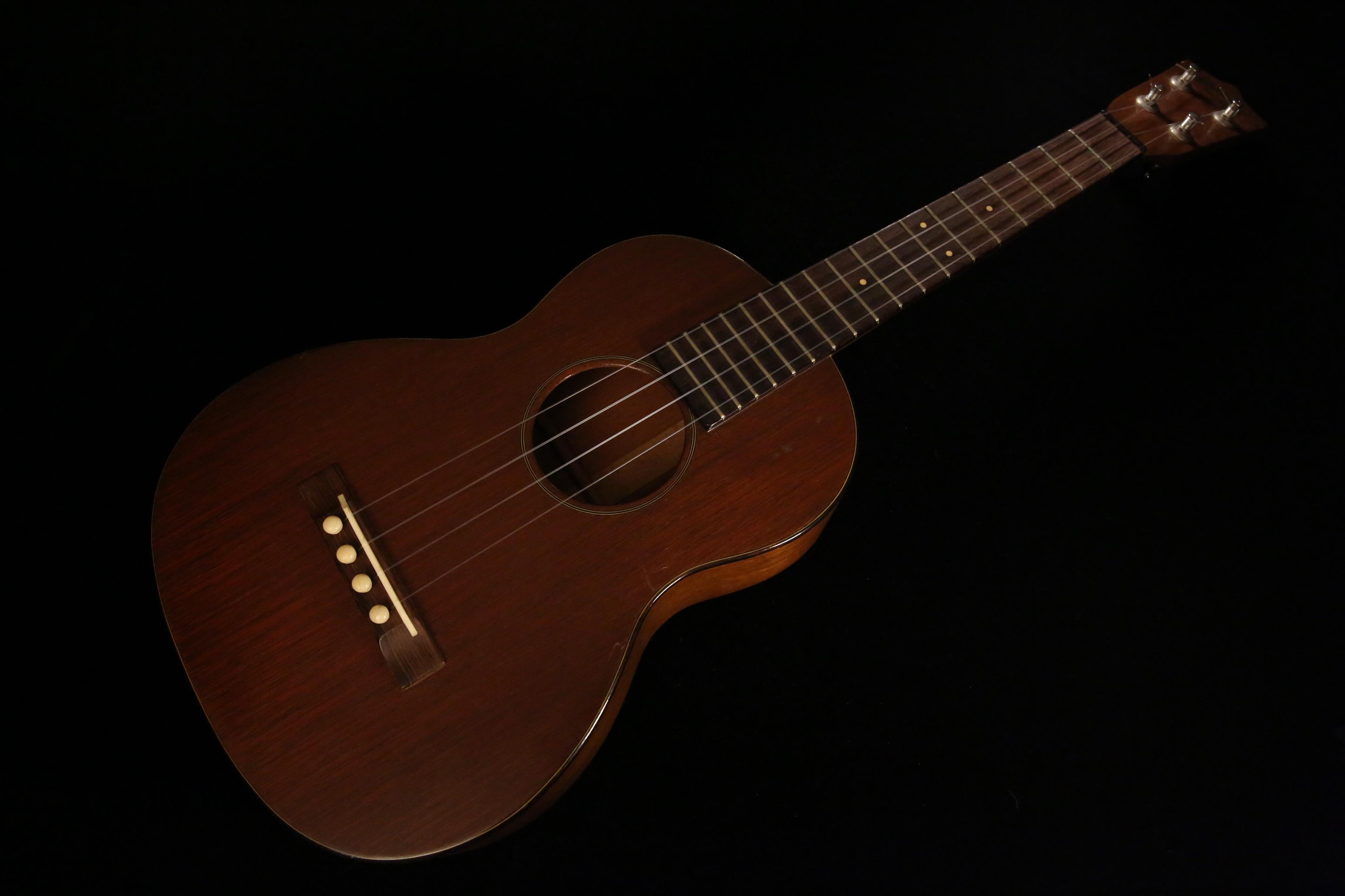 ukulele friend 1940s martin ukulele for sale ukulele friend. Black Bedroom Furniture Sets. Home Design Ideas