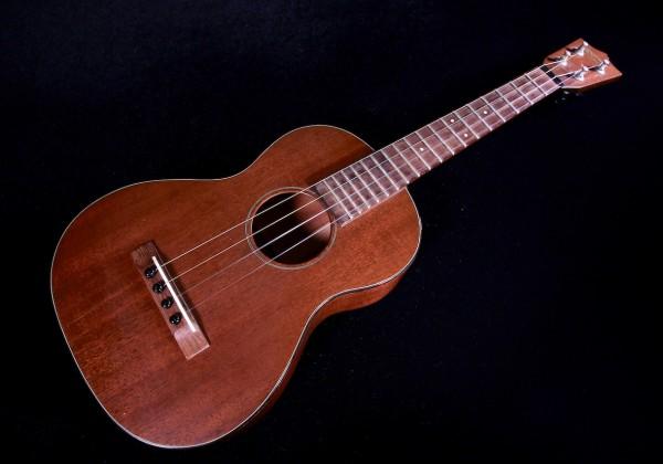 ukulele friend best vintage ukuleles ukulele friend. Black Bedroom Furniture Sets. Home Design Ideas